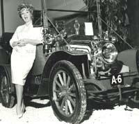 A 1910 Renault AX