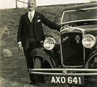 Another 1934 Austin 10 saloon car