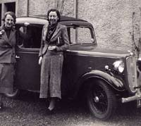 Two ladies and an Austin 7