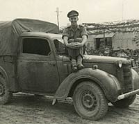 Second photo of the wartime Austin 10 Tilly
