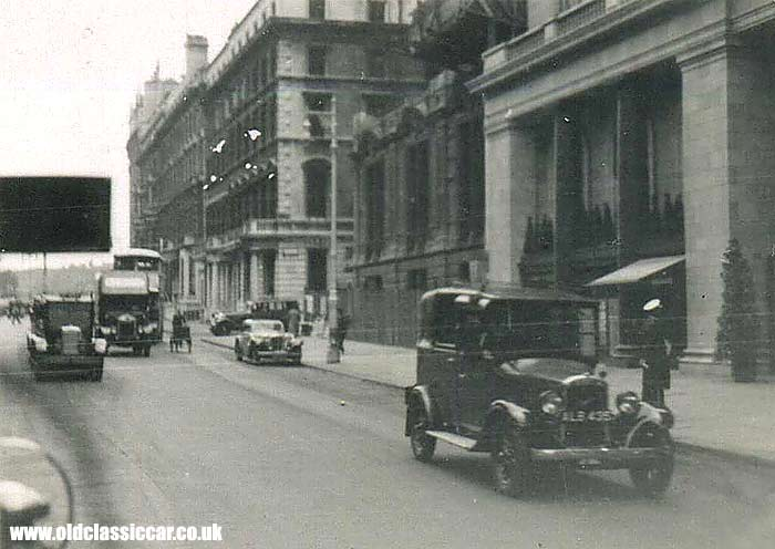 London Taxi in the 1930s