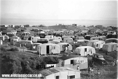 Hundreds of caravans at this site!