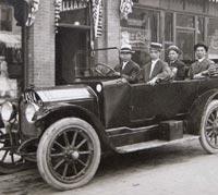A vintage Cartercar