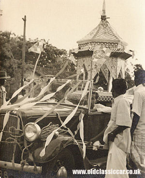 decorated car in Ceylon