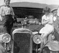 Vintage Clyno car photo