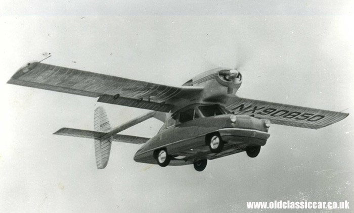 The Convaircar in flight