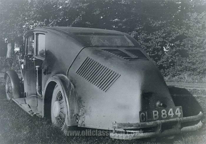 1935 Crossley Streamline.