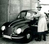 A different DKW F89 saloon