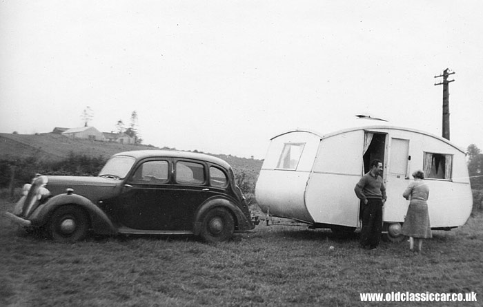 A post-war Standard tows an old Eccles caravan