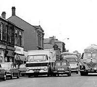 Foden lorry and other vehicles