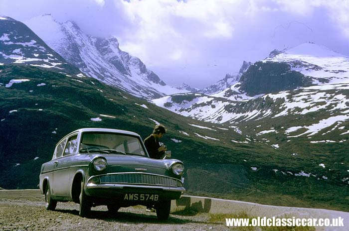 Another colour photo of a Ford 105E Anglia
