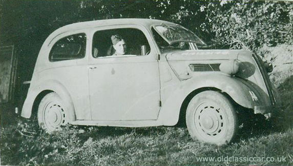 Ford 7W in wartime guise