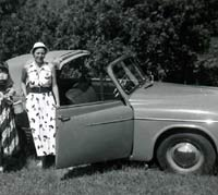 Two ladies in a Hillman Minx