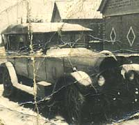 A 1927 Humber tourer out in the snow