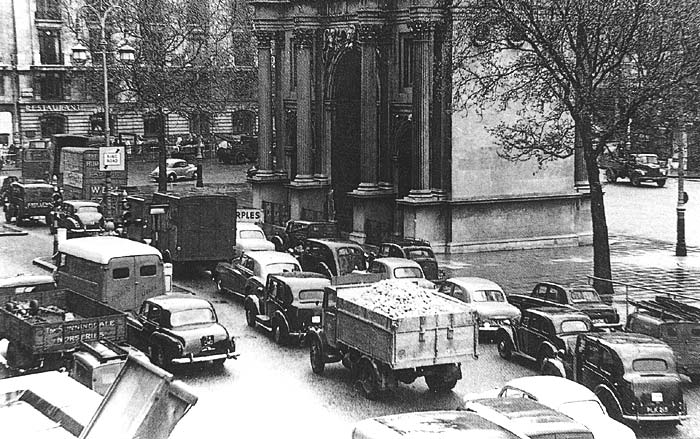 Traffic jam in 1950s London