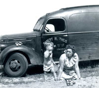 International van from 1937 or 1938