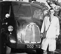 Morris J Type delivery van in 1957
