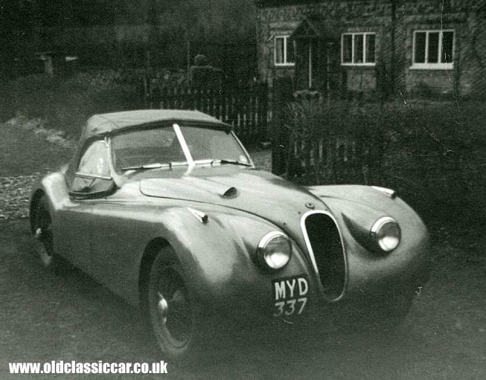 Another photo of Jaguar XK120 MYD 337