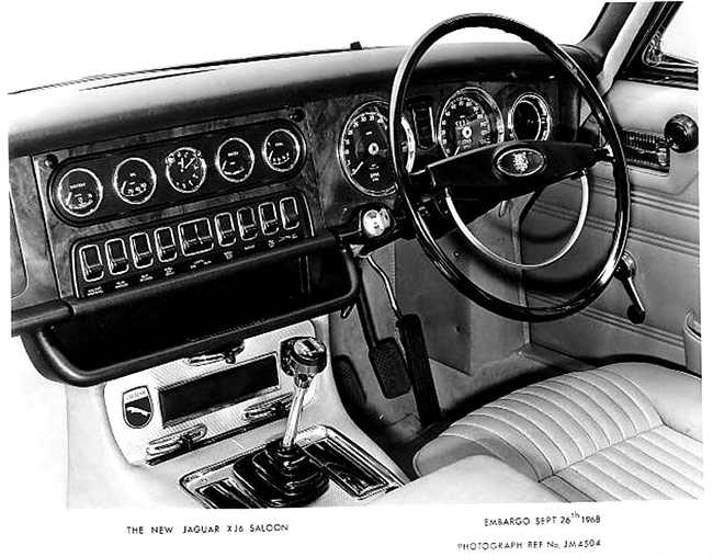 Jaguar 3 Series. Jaguar XJ6 dashboard and