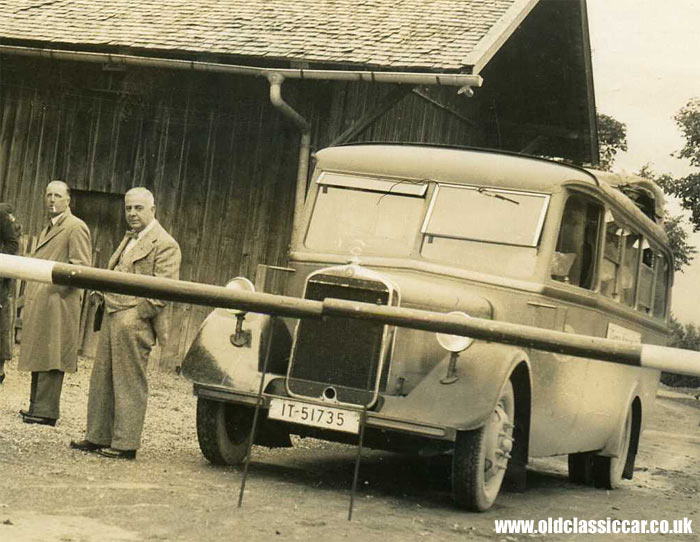 A Mercedes motorbus from the 1930s