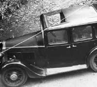 Pre-war Morris 10/4 saloon car photo
