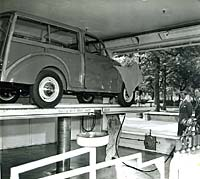 Estate version of the Morris Minor on a ramp