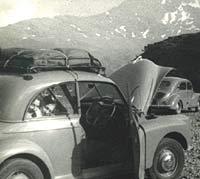 Morris Minor & Renault 4CV