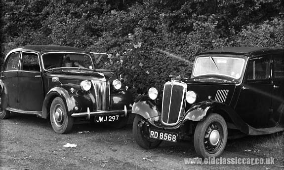 Morris 8 and Lanchester LD10