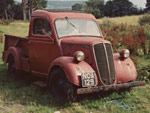 Ford Thames E83W pickup