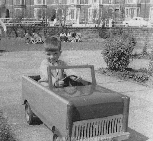 TRIANG PEDAL CAR – Vintage Archive | Collection of vintage antique