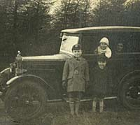 A pre-war Morris car and the family that owned it
