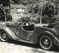 Singer Roadster car photo