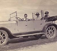 Vintage Standard SLO4 car