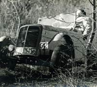Ford 1172 special attacked a trials hill