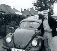 Another classic Oval-window VW Beetle