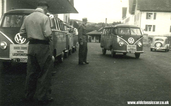 split-screen VW Bus