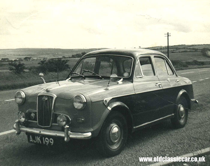 Wolseley 1500 in two tone
