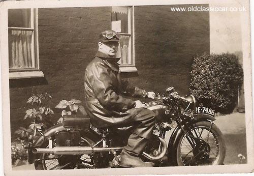 MOTOS en NOIR & BLANC - Page 2 Motorcycle7