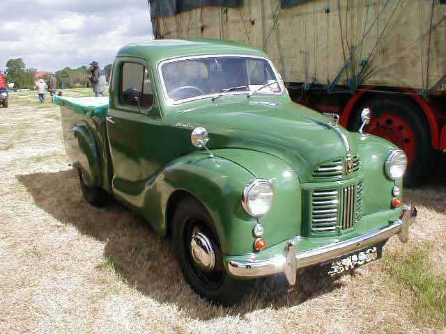 1950s Austin A40 Devon pickup photograph at www.oldclassiccar.co.uk