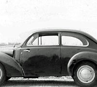 Side view of an Aero Minor saloon car