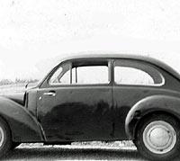 Side view of an Aero Minor saloon car