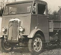 Another 1930s Arran with dropside body