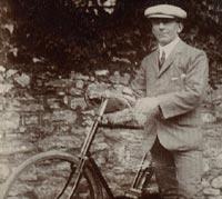 1930s cyclist