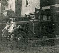 A 1920s Buick saloon car