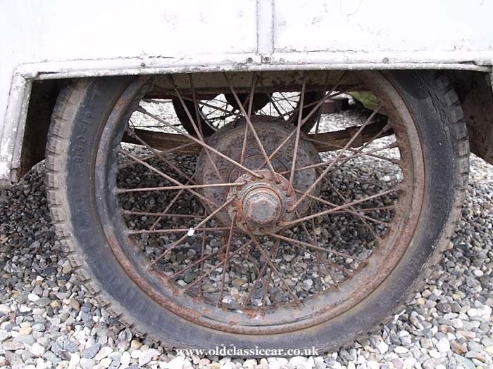 The 19 inch spoked wheel