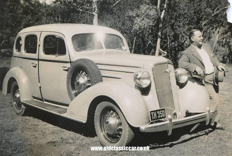 Photographs of a 1935 chevrolet master deluxe four door sedan for 1935 chevrolet 4 door sedan