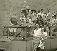 Pioneer Coaches