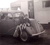 1958 Ford Pop 103E car