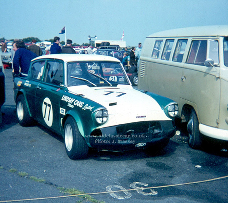 Road Amp Race Prepared Ford Anglia 105es