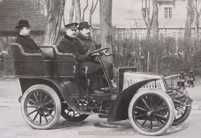 Road test of the 12hp Georges Richard in 1903